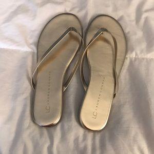Lauren Conrad flip flops